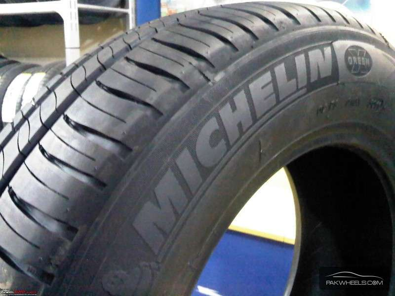 15 inch tyres michelin energy saver very good condition for sale in lahore car pakwheels. Black Bedroom Furniture Sets. Home Design Ideas