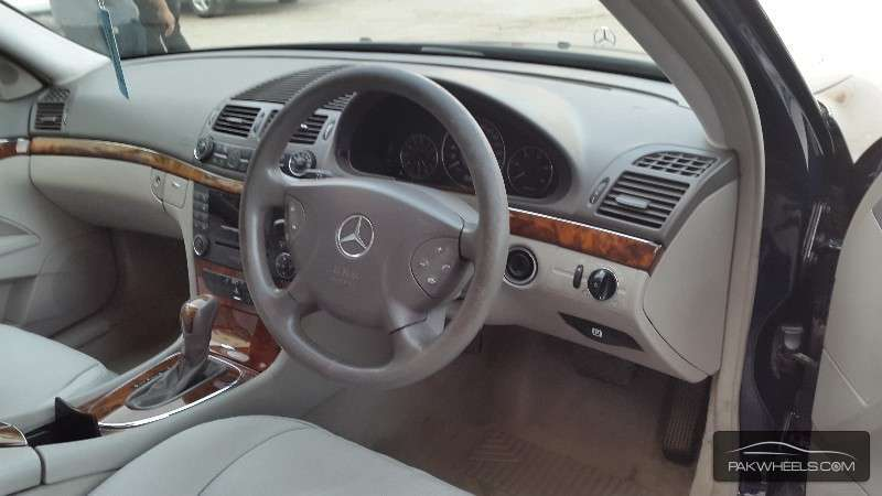 used mercedes benz e class e 270 cdi 2003 car for sale in islamabad 1025156 pakwheels. Black Bedroom Furniture Sets. Home Design Ideas
