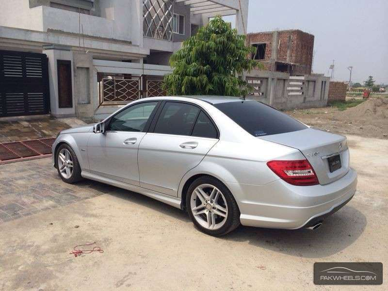 mercedes benz c class c200 2012 for sale in lahore pakwheels. Black Bedroom Furniture Sets. Home Design Ideas