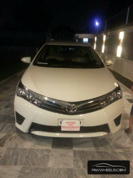 used toyota corolla xli 2014 car for sale in karachi 1035145 pakwheels. Black Bedroom Furniture Sets. Home Design Ideas