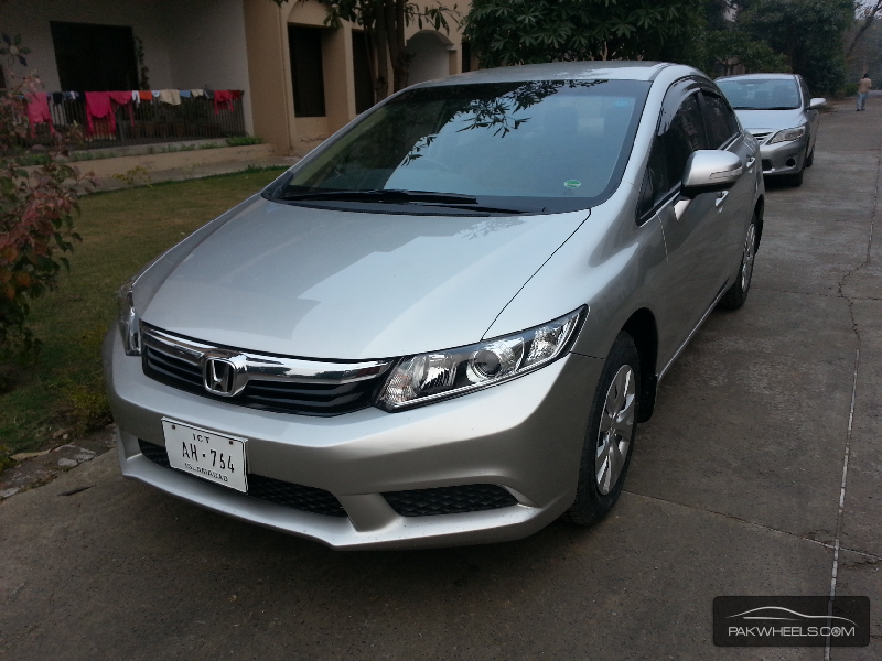 honda civic vti 1 8 i vtec 2013 for sale in lahore pakwheels. Black Bedroom Furniture Sets. Home Design Ideas