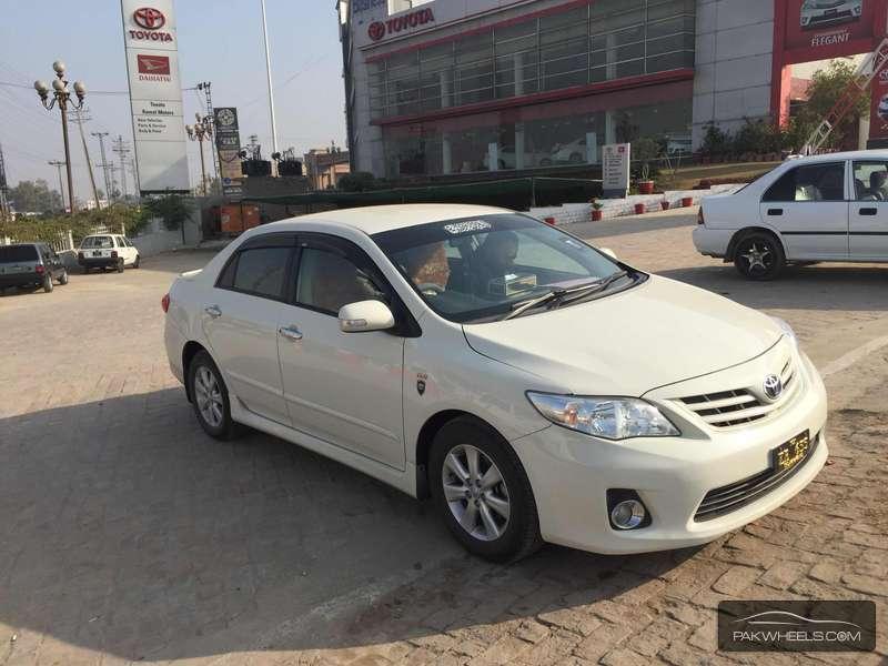 Used Toyota Corolla Gli Vvti 2013 Car For Sale In
