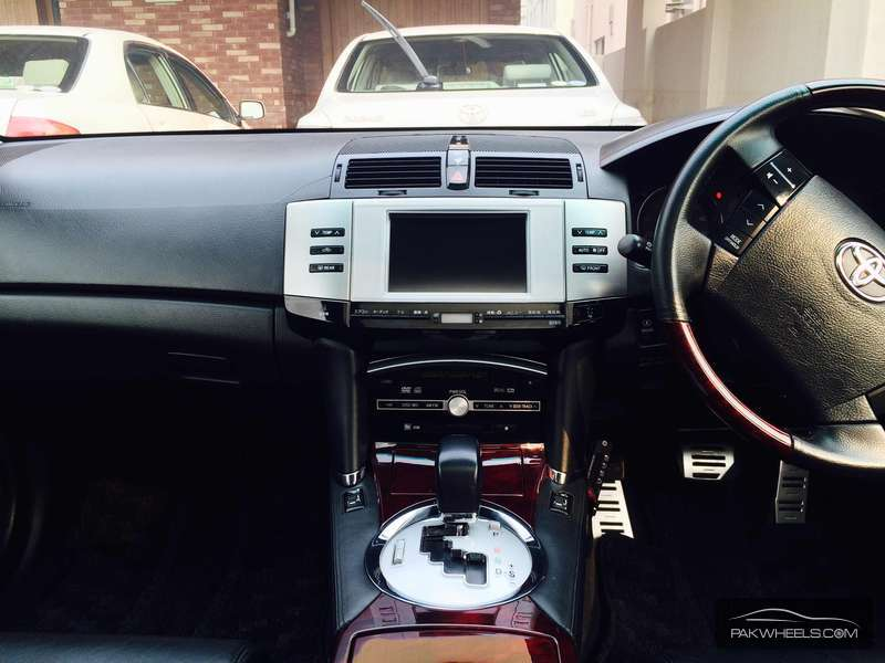 Toyota Mark X 300g Premium 2006 For Sale In Islamabad