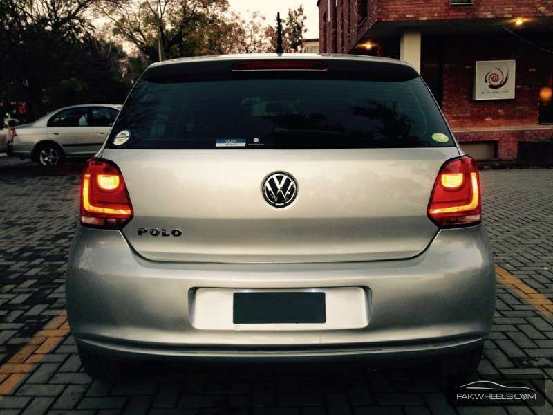 Volkswagen Polo 2010 Image-1