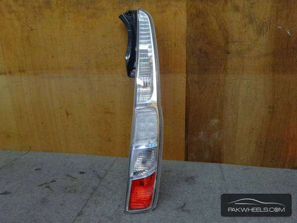 daihatsu move custom 2012 back light Image-1