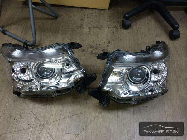 wagon r mh34 stingray head light pair Image-1