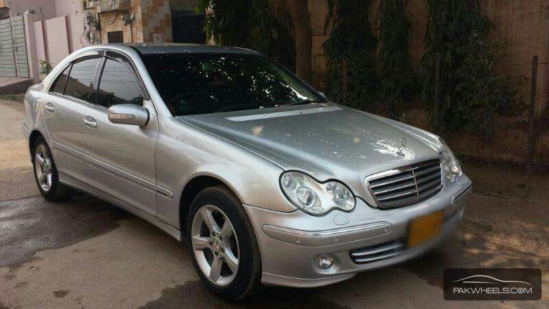 Mercedes benz c class c180 kompressor 2006 for sale in for Mercedes benz c300 2006