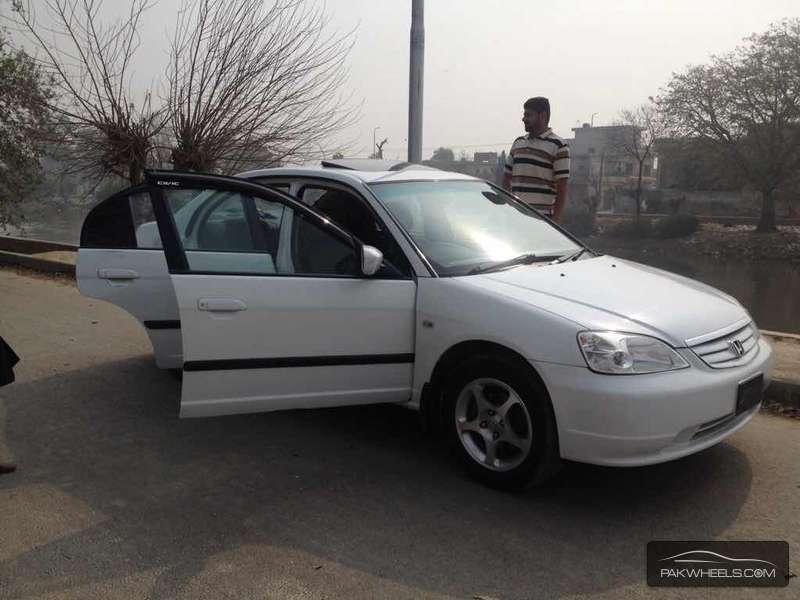 used honda civic vti 2002 car for sale in sahiwal 1076037 pakwheels. Black Bedroom Furniture Sets. Home Design Ideas