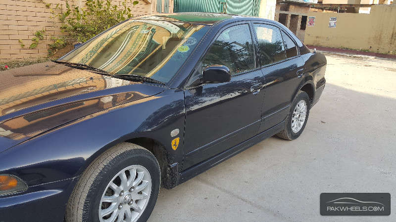 Mitsubishi Galant 2001 Image-1
