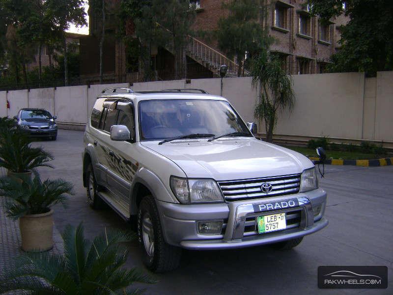 Toyota Prado 2001 Image-1