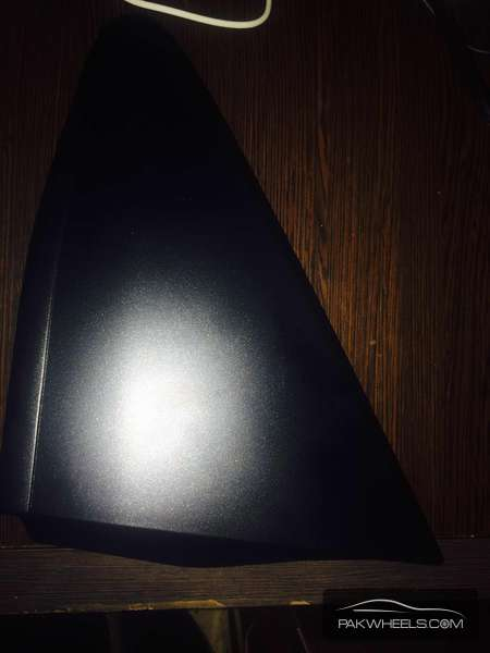 toyota vitz ksp130 fender corner right For Sale Image-1