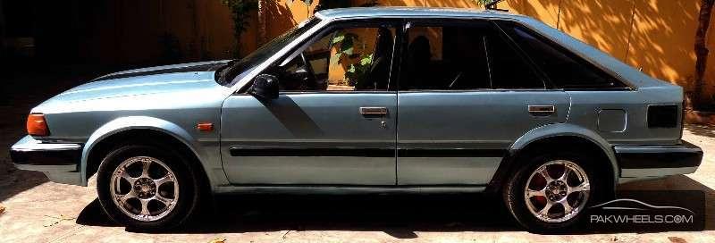 Nissan Blue Bird 1.8FE 1986 Image-2