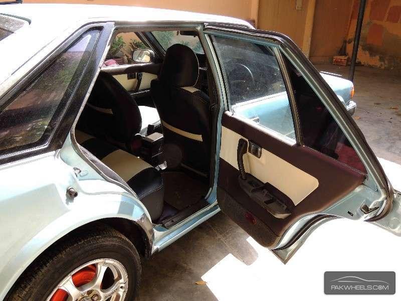 Nissan Blue Bird 1.8FE 1986 Image-9
