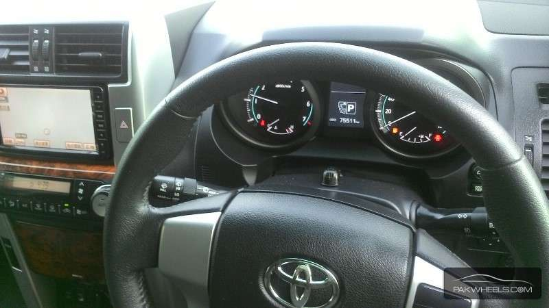 Toyota Prado TZ 4.0 2009 Image-4