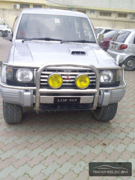 Mitsubishi Pajero Exceed Automatic 2.8D 1994 Image-1