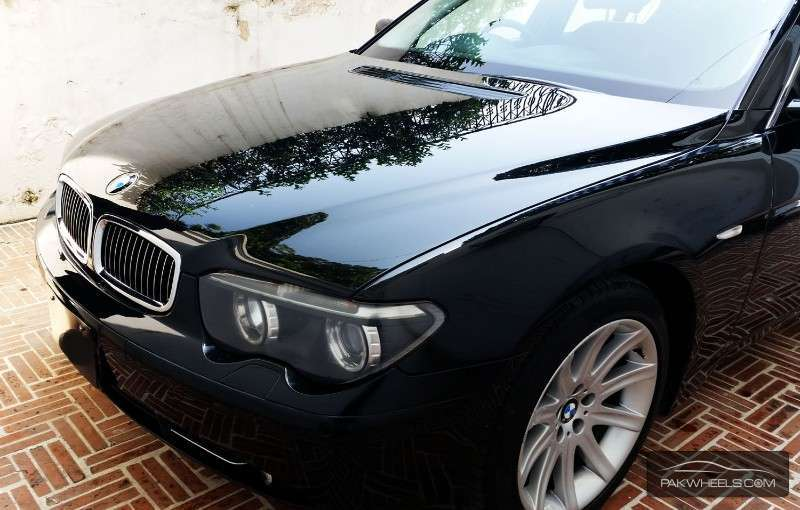 bmw 7 series 745i 2002 for sale in islamabad pakwheels. Black Bedroom Furniture Sets. Home Design Ideas