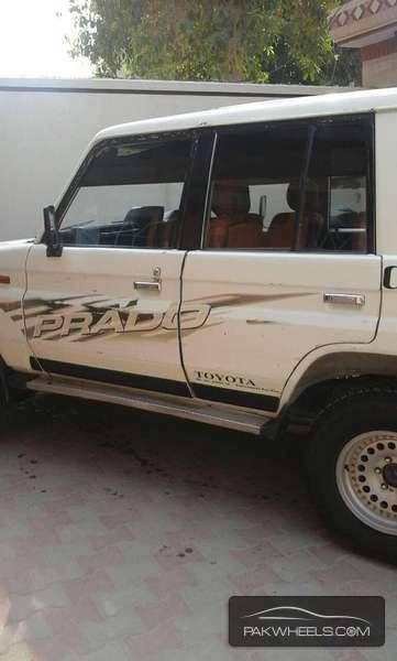 Toyota Prado 1990 Image-2