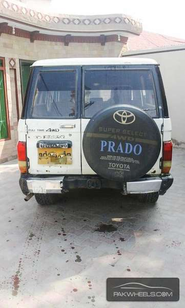 Toyota Prado 1990 Image-4