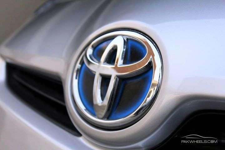 Toyota Prius S 1.8 2011 Image-6