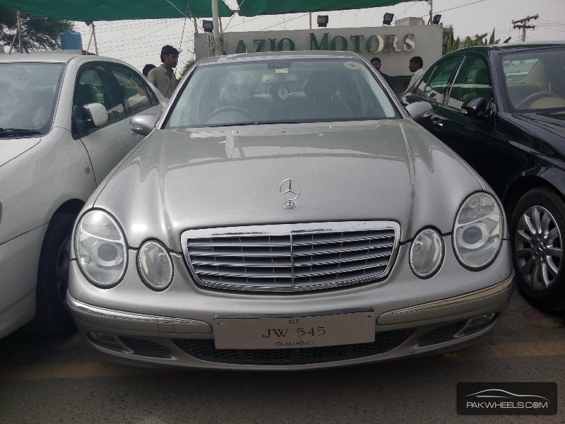 Mercedes benz e class e200 2005 for sale in lahore pakwheels for 2005 mercedes benz e350