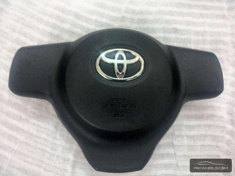 Toyota Vitz Airbag Cover Image-1