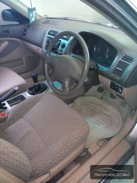 Honda Civic VTi 1.6 2005 Image-4