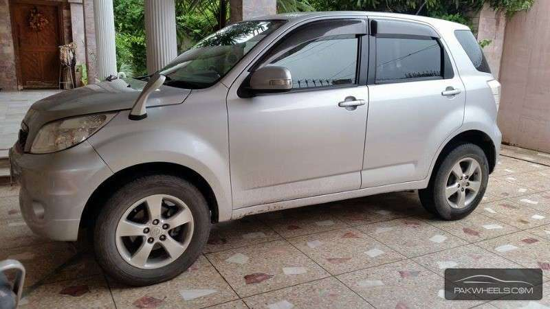 used toyota rav4 x 2009 car for sale in islamabad 1147223 pakwheels. Black Bedroom Furniture Sets. Home Design Ideas