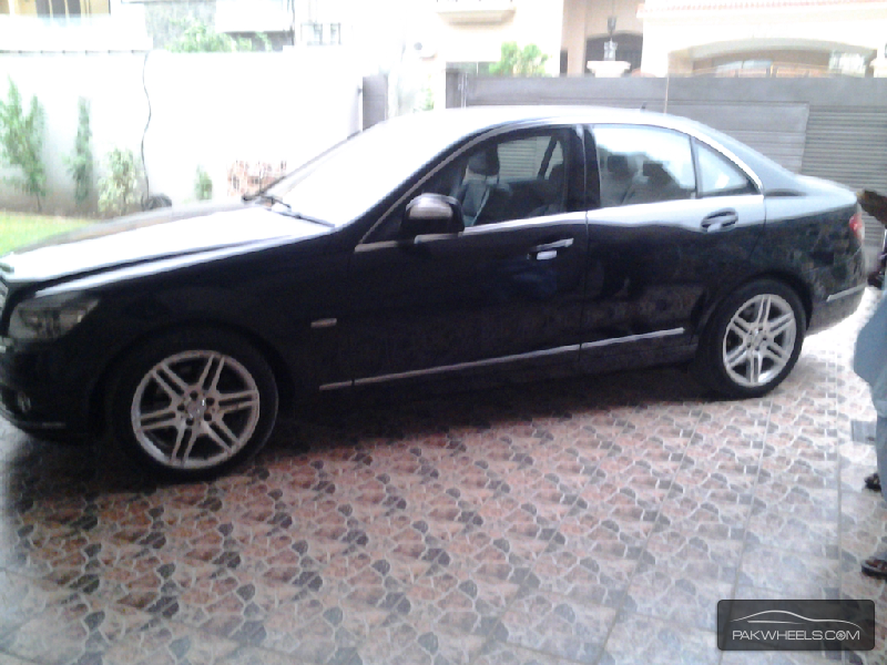 used mercedes benz c class c200 2012 car for sale in
