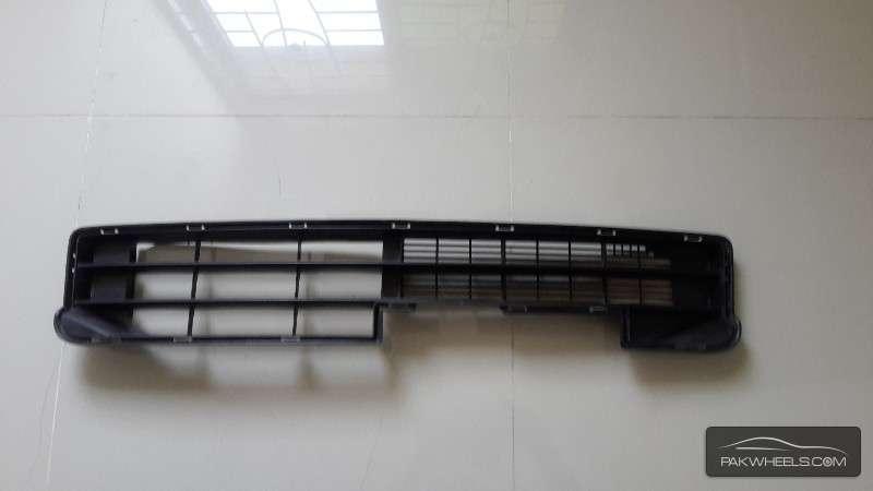 Move custom 2011 & 2012 model bumper grill For Sale Image-1