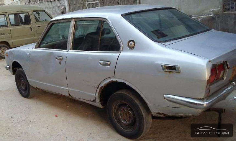 used toyota corolla 1972 car for sale in karachi 1153991 pakwheels. Black Bedroom Furniture Sets. Home Design Ideas