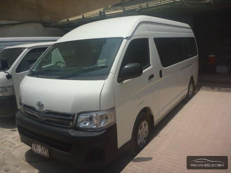 Used Toyota Hiace Hiroof With A C 2012 Car For Sale In