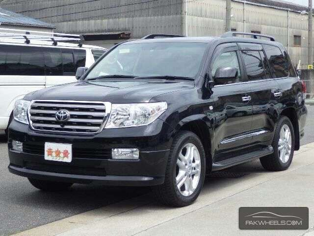used toyota land cruiser zx 2010 car for sale in lahore 1159362 pakwheels. Black Bedroom Furniture Sets. Home Design Ideas