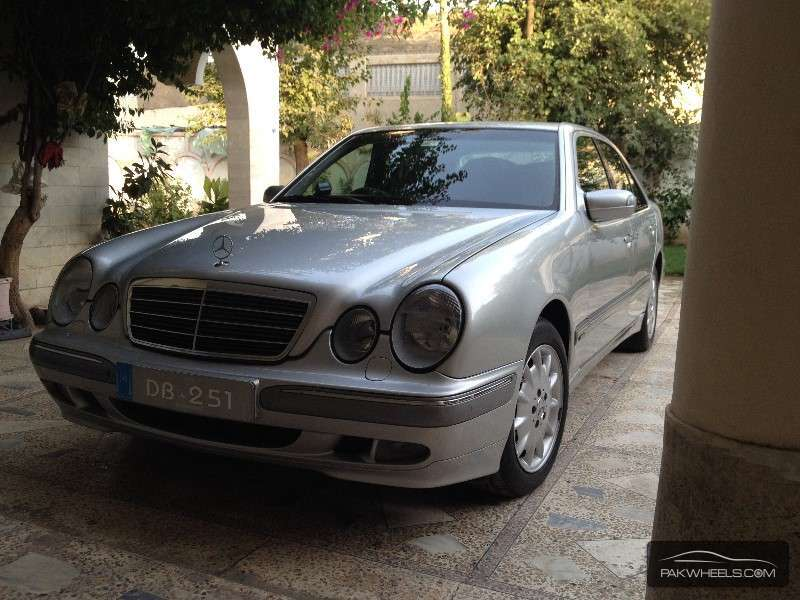 Mercedes benz e class e200 2001 for sale in peshawar for Used mercedes benz rims for sale