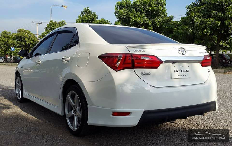 Toyota Corolla 2015 For Sale In Islamabad 1183589 besides 2016 Eb5 Northern Kingdom in addition Japanese Women Starting Throw Their Weight Sumo Ring together with Top 6 Lawn Mower Hacks likewise Maps Aviemore. on old bike radio