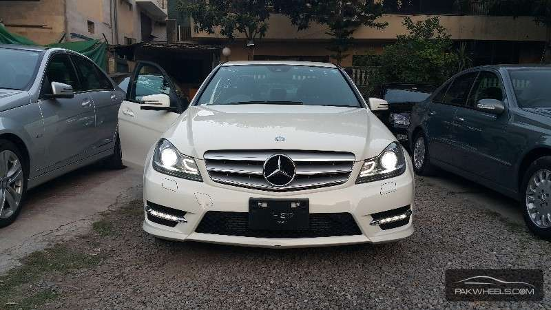 mercedes benz c class c180 cgi 2012 for sale in islamabad pakwheels. Black Bedroom Furniture Sets. Home Design Ideas