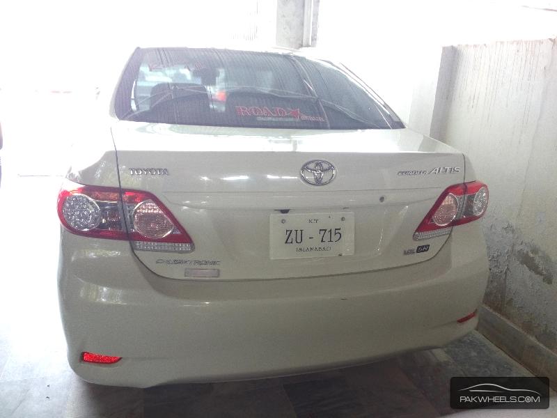 Toyota Corolla Altis 1.6 2013 Image-4