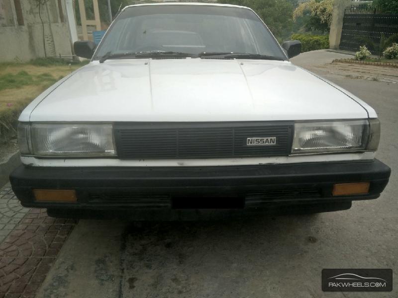 Nissan Sunny EX Saloon 1.3 1987 Image-2