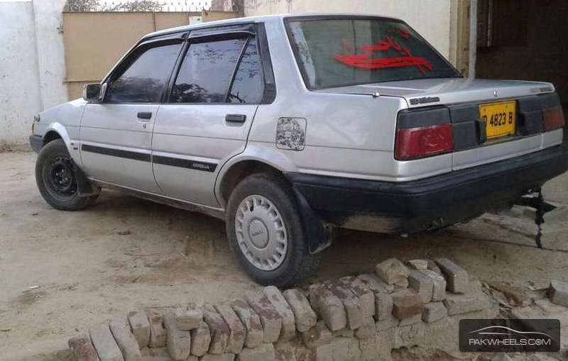 toyota corolla 1984 for sale in jehlum pakwheels. Black Bedroom Furniture Sets. Home Design Ideas