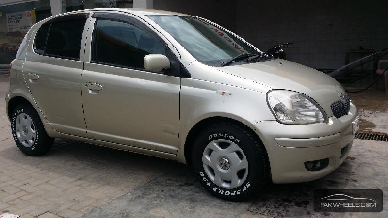 Toyota Vitz FL 1.0 2004 Image-8