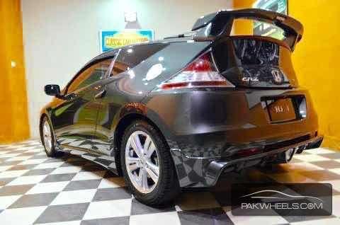 Honda CR-Z Sports Hybrid 2010 Image-4