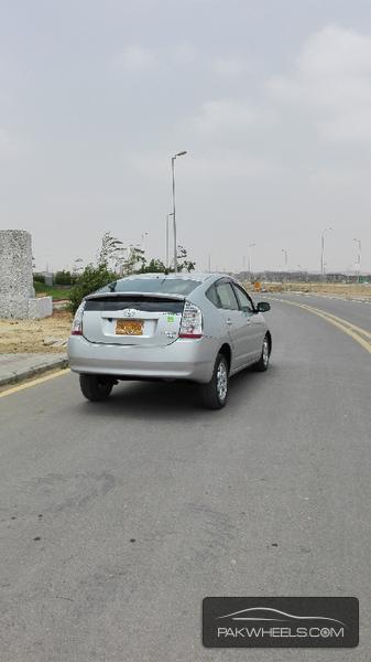 Toyota Prius S LED Edition 1.8 2010 Image-2
