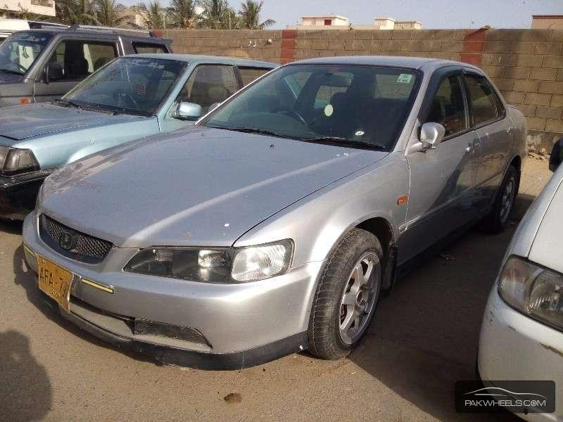 Honda Accord 2002 Image-3