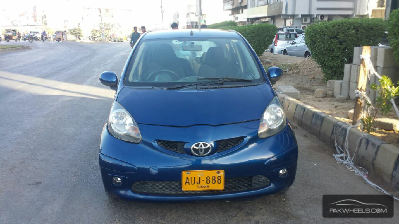 used toyota aygo 2009 car for sale in multan 1237462 pakwheels. Black Bedroom Furniture Sets. Home Design Ideas