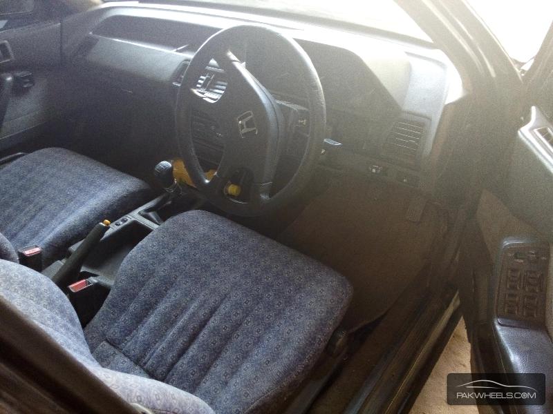 Honda Accord VTi 2.4 1986 Image-3