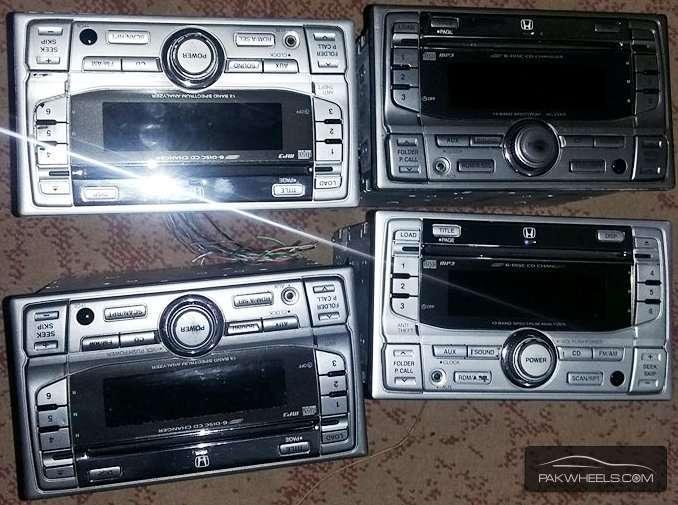 honda cd players 6 cd at a time play hoti Image-1