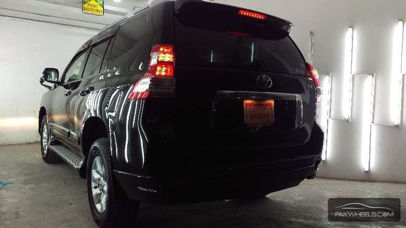 Toyota Prado TX Limited 2.7 2011 Image-3