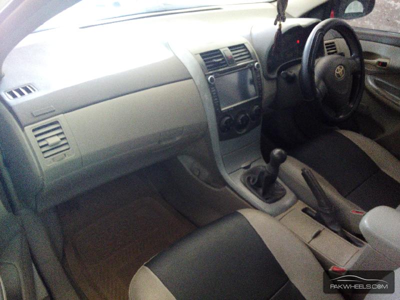 Toyota Corolla XLi 2010 Image-3