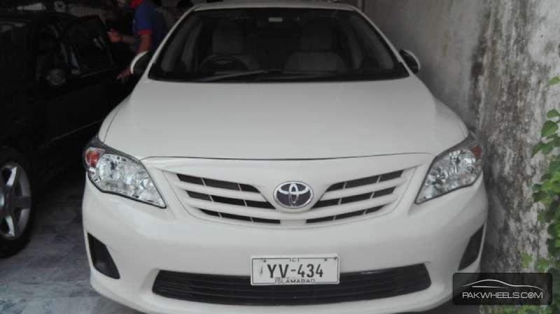 Toyota Corolla GLi 1.6 2013 Image-1