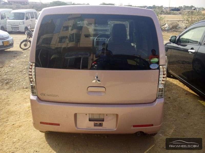 Mitsubishi Ek Wagon 2012 Image-8