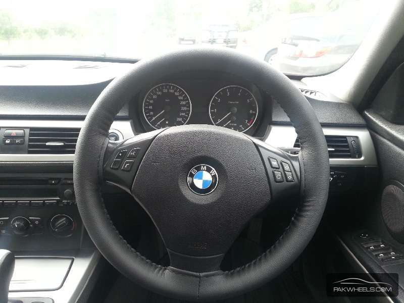 BMW 3 Series 320i 2006 Image-7